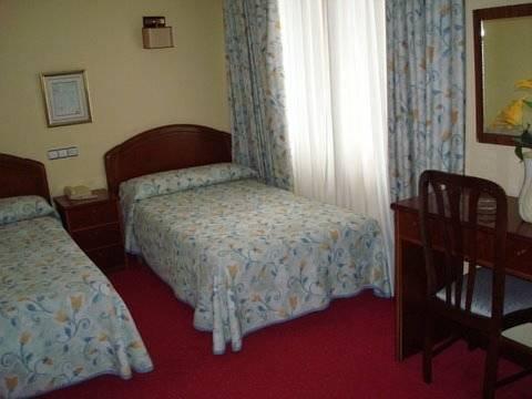 Hotel Estadio - фото 2