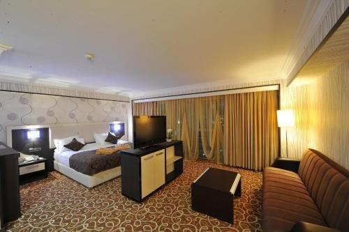 Tebriz Hotel Nakhchivan - фото 4
