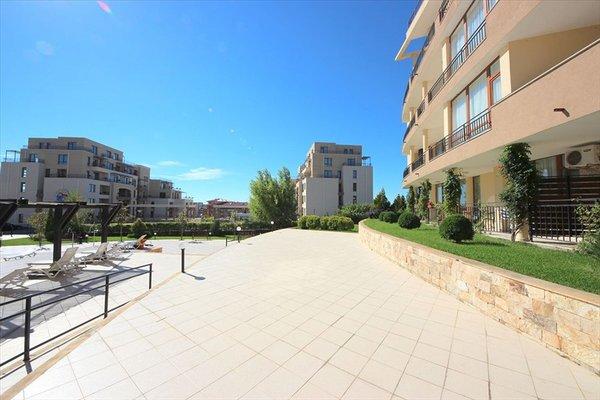 Luxor Apartments - фото 0
