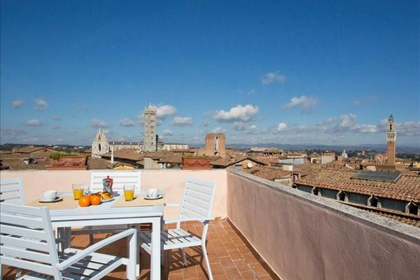 Interno 5-highest terrace of Siena - фото 1