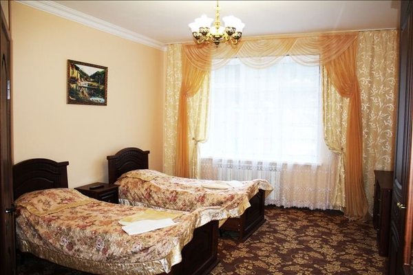 U Ally Hotel - фото 2