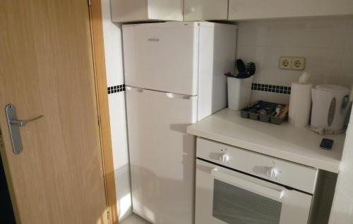 Apartment Benalmadena Costa with Sea View V - фото 11