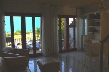 5 STAR SIRMIONE WITH PRIVATE BEACH AND GARAGE - фото 15
