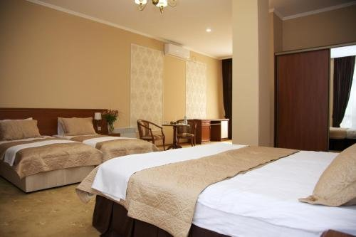 Dioskuria Hotel - фото 2