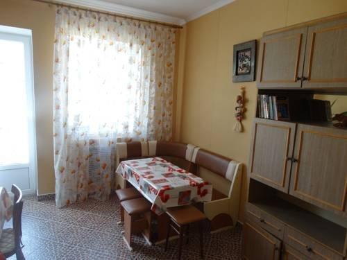 Uiutniy Dom Guest House - фото 29