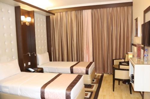 Al Khaleej Grand Hotel - фото 2