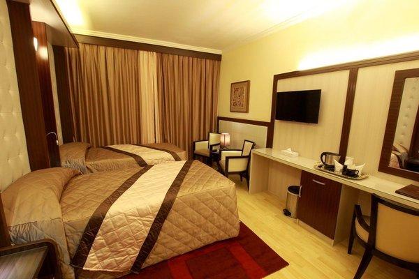 Al Khaleej Grand Hotel - фото 4