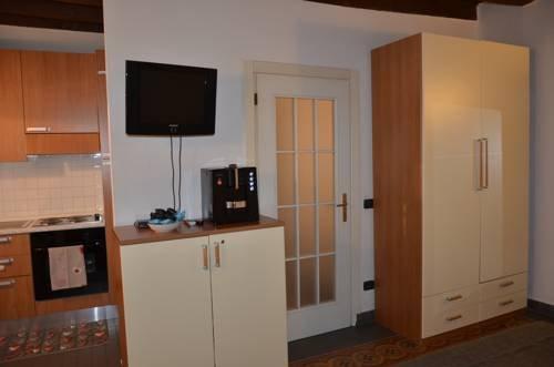 MyRoom Suite Center - фото 17