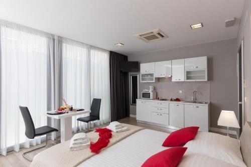 Apartments ZoomZoom - фото 4