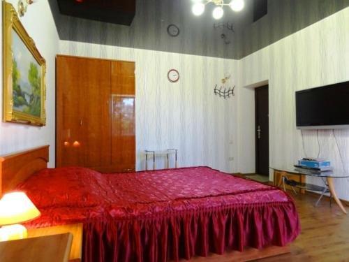 Lunacharskogo 326 Apartment - фото 1