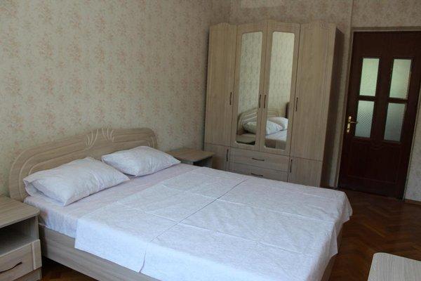 Apartment on Kirova 74 kv 5 - фото 1