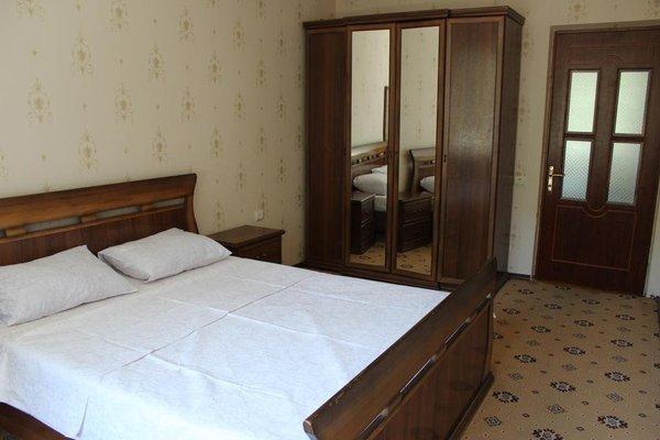 Apartment on Kirova 74 kv 5 - фото 2