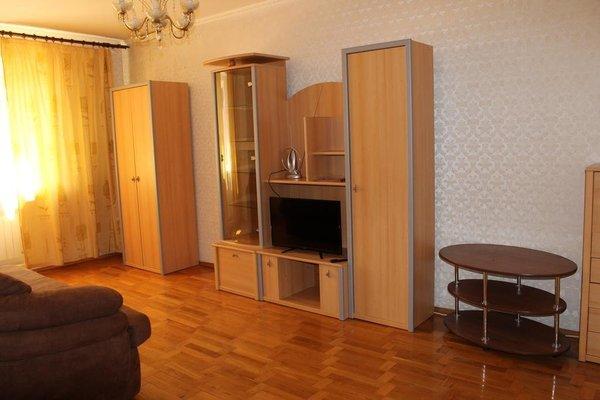 Apartment on Kirova 74 kv 5 - фото 4