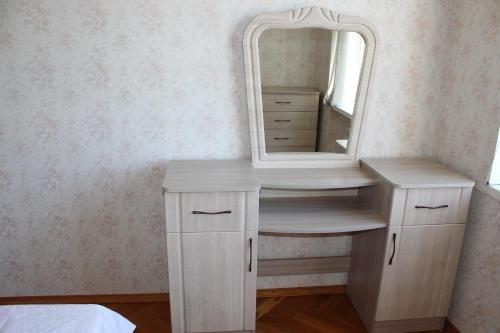 Apartment on Kirova 74 kv 5 - фото 6