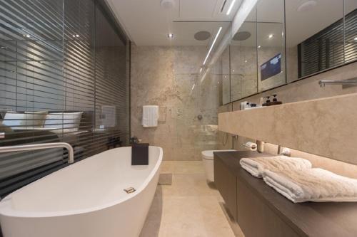 Dream Inn Dubai Apartments - Loft Towers - фото 11
