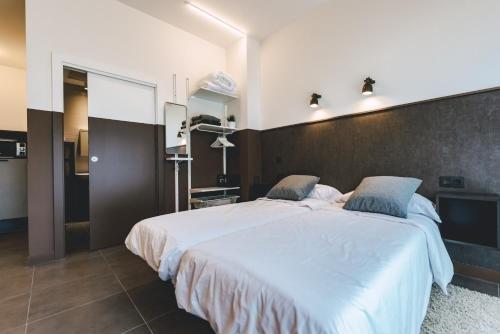 Apartamentos Salbide Zarautz - фото 12