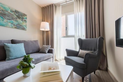 430 BCN Apartments - фото 7