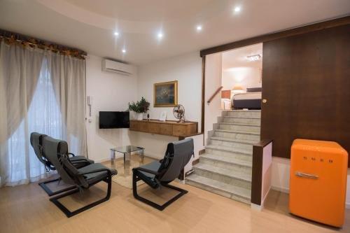 La Residenza Napoli Short Lets Chiaia Plebiscito - фото 24