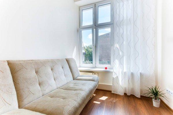 Penguin Rooms 1410 on Brzozowa Street - фото 1