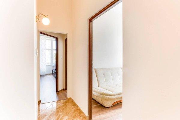 Penguin Rooms 1410 on Brzozowa Street - фото 4