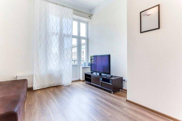 Penguin Rooms 1410 on Brzozowa Street - фото 8