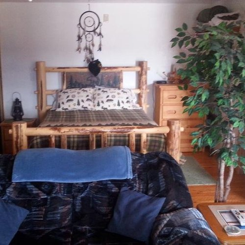 Photo of Wolf Den Log Cabin Motel and RV Park