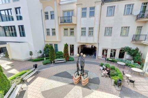 3 City Apartments - Windows - фото 9