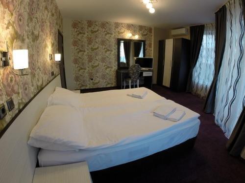 VIP Apartments Dobrevi - фото 3