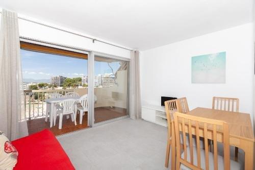 UHC Sorolla Apartments - фото 20