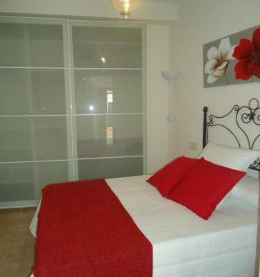 Apartamentos Acevedo Centro - фото 1