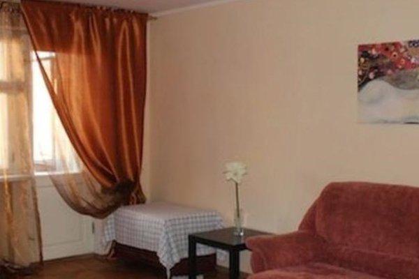 Hostel on Ulitsa Kommunarov - фото 1