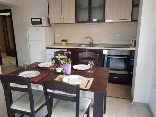 Mariya's Apartments - фото 16