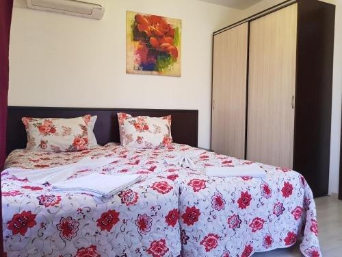 Mariya's Apartments - фото 7