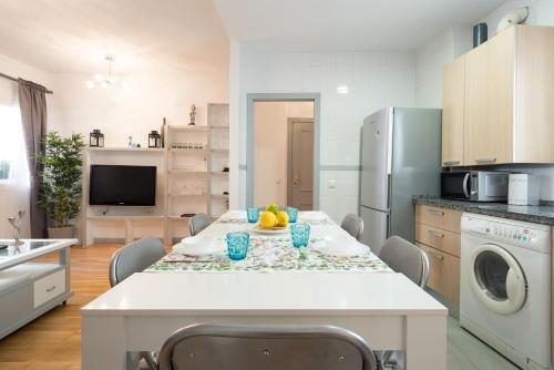 MalagaSuite Showroom Apartments - Ollerias - фото 12