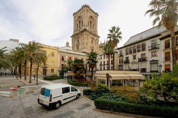 Romanilla Plaza - фото 9