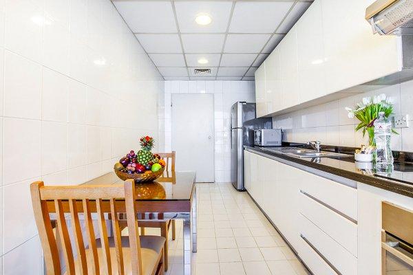 Golden Sands 10 Hotel Apartments - фото 12