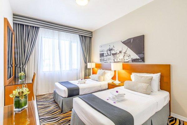 Golden Sands 10 Hotel Apartments - фото 2