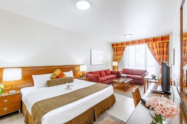 Golden Sands 10 Hotel Apartments - фото 3