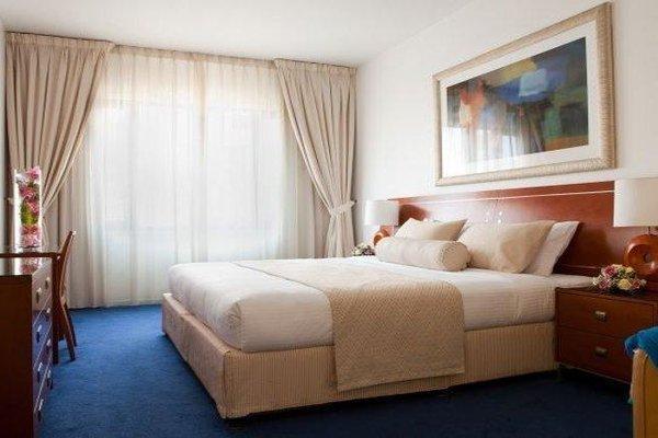 Golden Sands 10 Hotel Apartments - фото 6