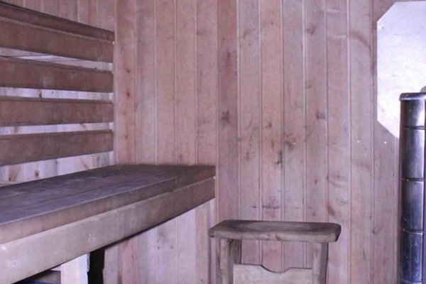 Cottage with sauna in the center of the city - фото 1