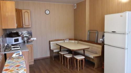 Room in Apartment on Komsomolskaya - фото 2