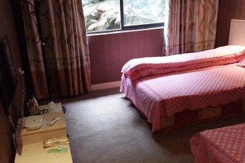 Yangshuo Panshan Garden Hotel