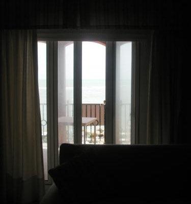 Apartamentos Aloha El Puerto de Santa Maria - фото 16