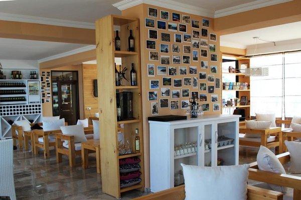 Mgzavrebi Batumi-Gonio Hotel - фото 13