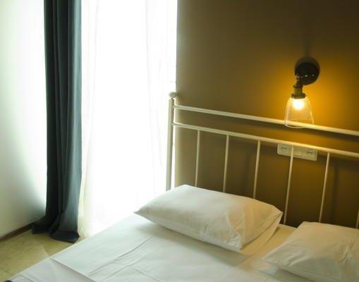 Mgzavrebi Batumi-Gonio Hotel - фото 2