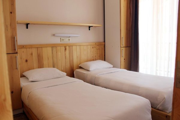 Mgzavrebi Batumi-Gonio Hotel - фото 4