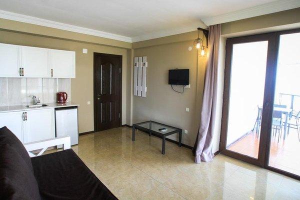 Mgzavrebi Batumi-Gonio Hotel - фото 6