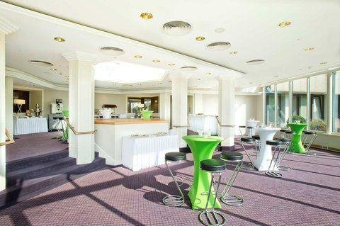 DoubleTree by Hilton Luxembourg - фото 14