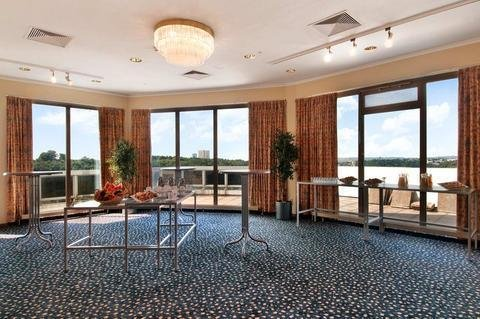DoubleTree by Hilton Luxembourg - фото 15