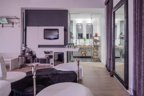 UNA Hotel One Spa & Wellness - фото 4